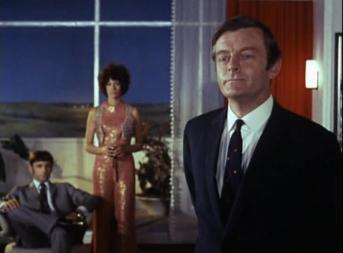 Neil Hallett as Dr. Lang