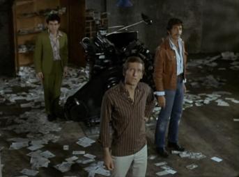 Joel Fabiani as Stewart Sullivan and Peter Wyngarde as Jason King