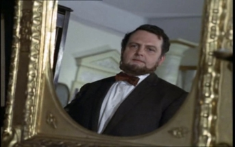Paul Whitsun-Jones as Gresford