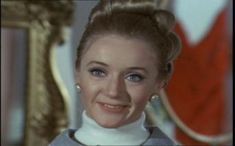 Jennifer Hilary as Comtesse de Noverre