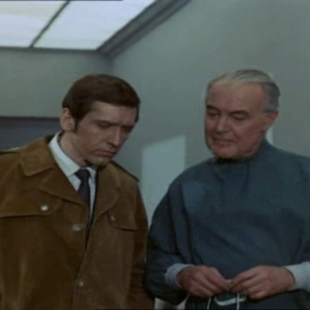 Joel Fabiani as Stewart Sullivan and Anthony Nicholls as Dr. Grant