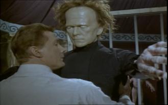 Steve Forrest as John Mannering