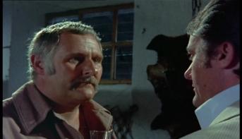 Peter Vaughan as Quin