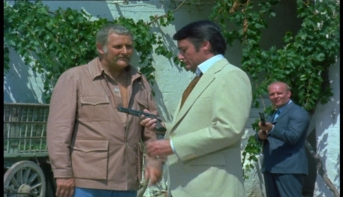 Peter Vaughan as Quin and Robert Vaughn as Harry Rule